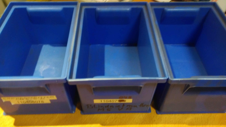 Reinigung KLT Kleinladungsträger - K&B Industrieservice