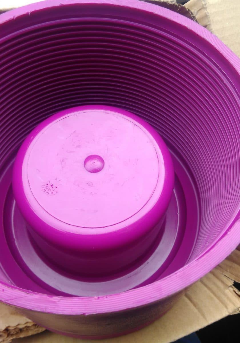 Kunststoffteile reinigen- Dienstleister für Lohnreinigung-K&B Industrieservice